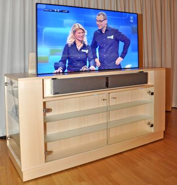 Hi-Fi Möbel mit TV-Lift
